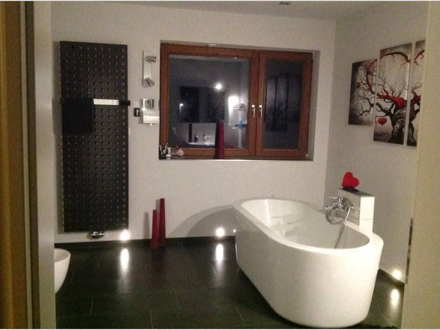 Bäder-Idee mit der freistehenden Badewanne Almeria 168
