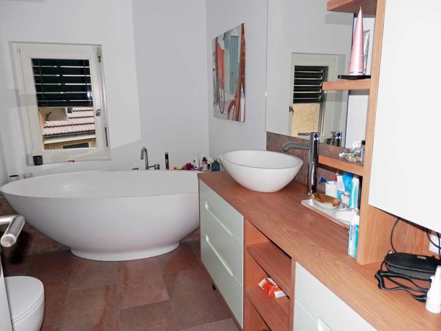 Badezimmer ideen mit der freistehenden badewanne barletta for Badezimmer ideen mit badewanne