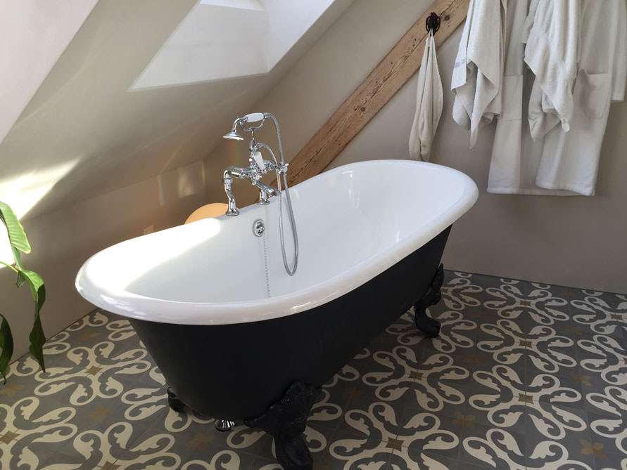 Bäder-Idee mit der freistehenden Badewanne Bristol
