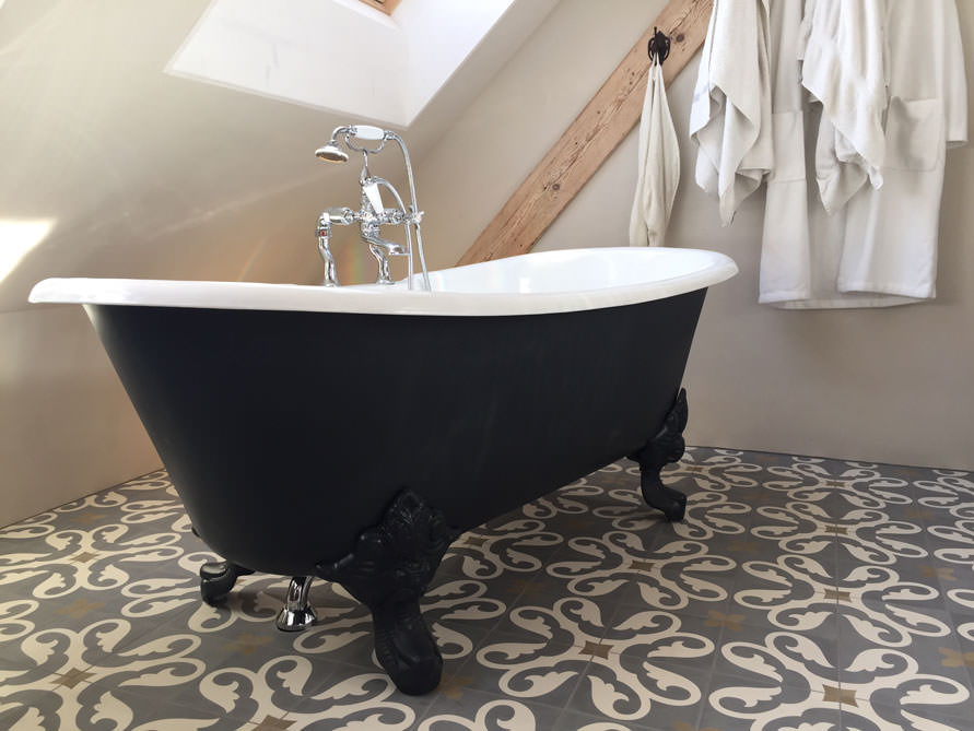 Bäder-Idee mit der freistehenden Nostalgie Badewanne Bristol