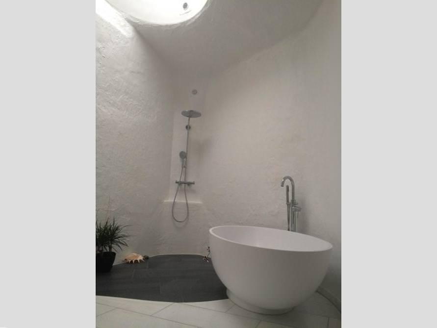 Badezimmer Idee mit der freistehenden Badewanne Campione