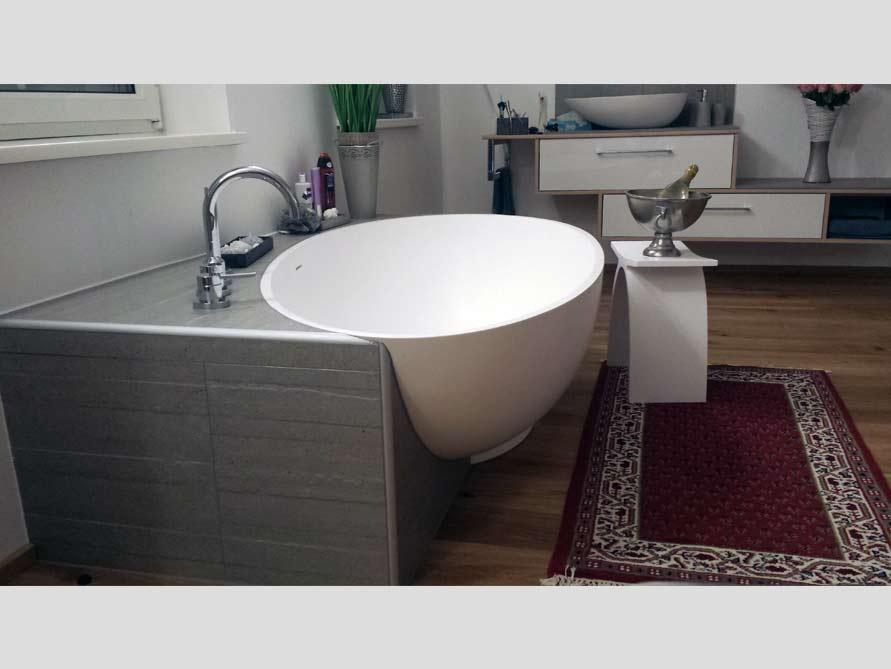 B der idee campione freistehenden badewanne for Badeinrichtung waschbecken