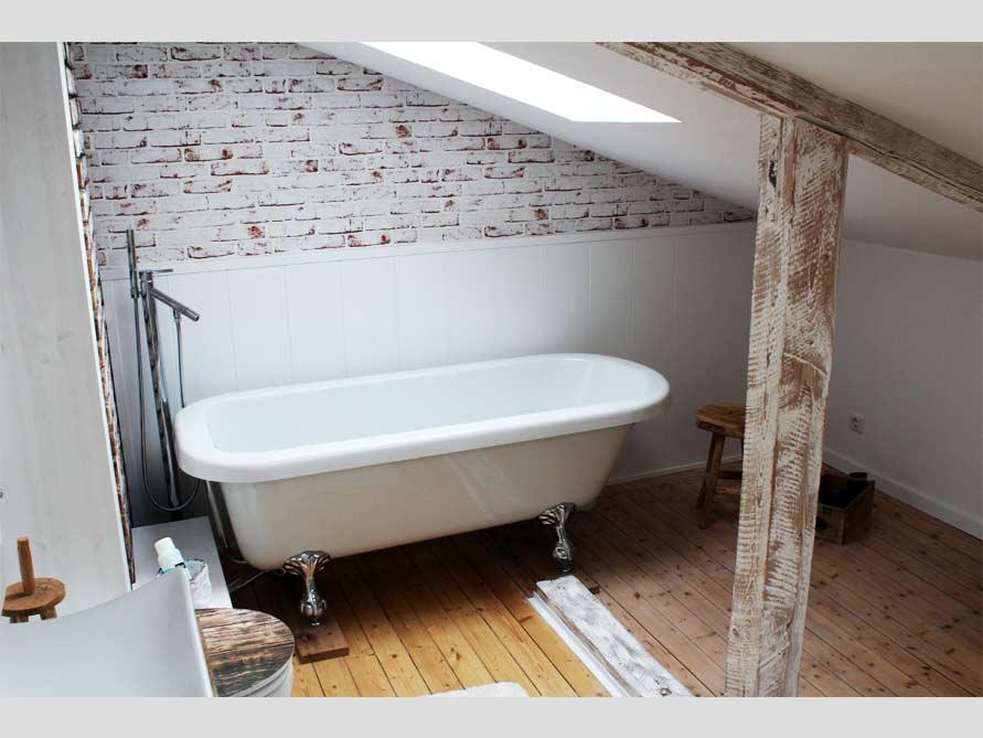 Bäder-Idee mit der freistehenden Badewanne Derry
